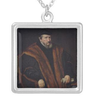 人のポートレート、1564年 シルバープレートネックレス