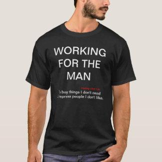 人の暗い綿のTシャツのために働くこと Tシャツ