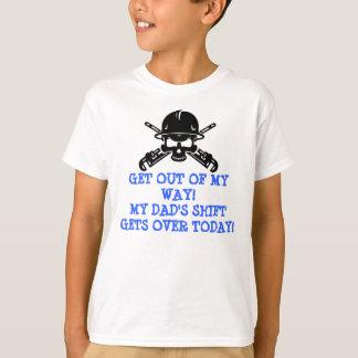 人生の精製所はこれらの子供深刻です Tシャツ