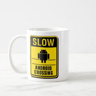 人間の特徴をもつ交差のマグ コーヒーマグカップ