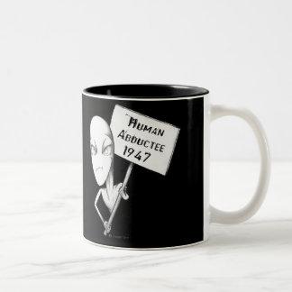 人間のAbductee 1947年 ツートーンマグカップ