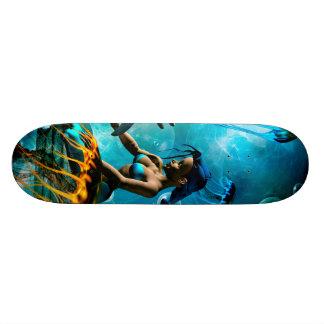 人魚と遊んでいるおもしろいなイルカ スケートボード