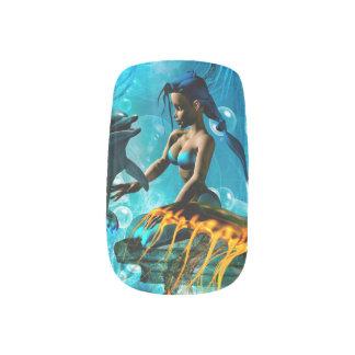 人魚と遊んでいるおもしろいなイルカ ネイルアート