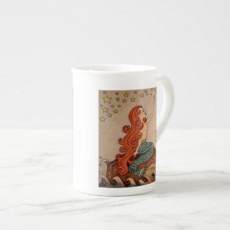 人魚の黙想のコーヒーカップ ボーンチャイナカップ