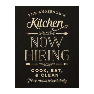 今度は雇用のおもしろいの名前入りな木製の台所印 ウッドウォールアート