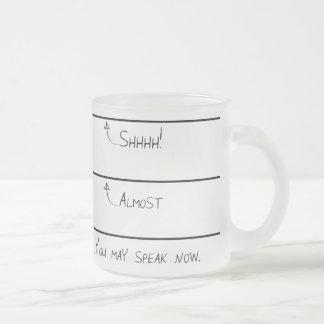 今曇らされたコーヒー・マグを話すことができます フロストグラスマグカップ