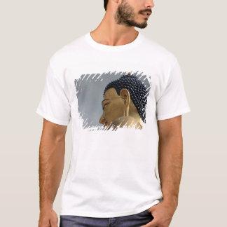 仏Dordenmaの彫像 Tシャツ