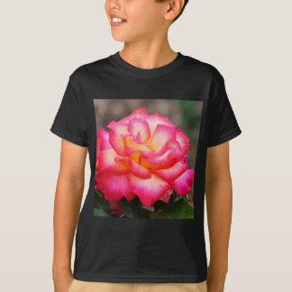 他の名前によるバラ Tシャツ