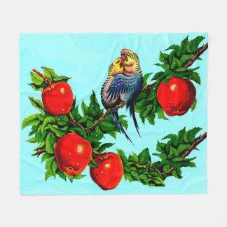 仲の良い恋人同士か愛鳥または鳥の恋人 フリースブランケット