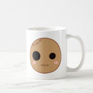 伊丹ブードゥーの人形の頭部 コーヒーマグカップ