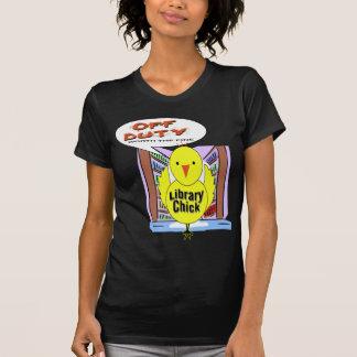休みの司書-罰金の価値を持つ… Tシャツ