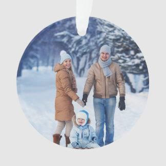 休日の冬の家族写真 オーナメント