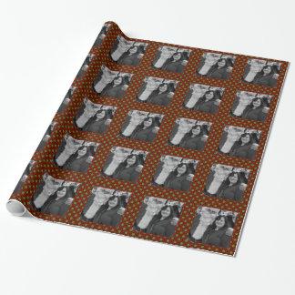 休日の水玉模様の正方形の写真フレーム ラッピングペーパー