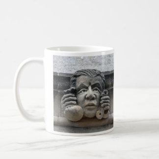 会計係のガーゴイルのマグ コーヒーマグカップ