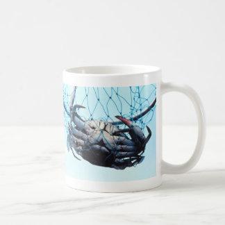 伝染性の青カニ コーヒーマグカップ