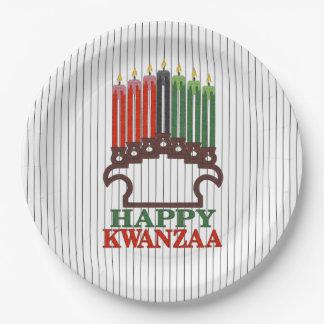 伝統のKwanzaaのパーティーの紙皿への栄光 ペーパープレート