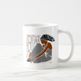 伝統シリーズ-ヘッド覆いのアフリカの女性 コーヒーマグカップ