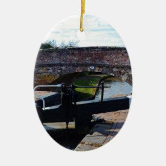 伝統的なイギリス運河ロック セラミックオーナメント