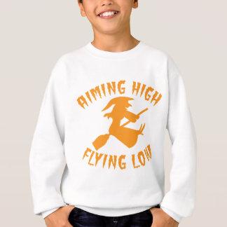 低いハロウィンを飛ばしている目標を高く持つ飛んでいるで低い魔法使い スウェットシャツ
