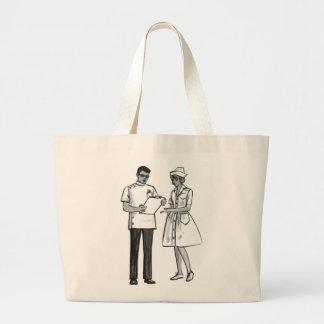 低俗なヴィンテージの60年代医者およびナース ラージトートバッグ