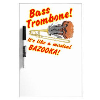 低音のトロンボーンのミュージカルのバズーカ ホワイトボード
