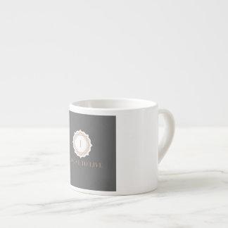住むことを選ぶために思い出させる素晴らしい飲むマグ エスプレッソカップ