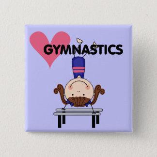 体操-ブルネットの女の子の逆立ち 5.1CM 正方形バッジ
