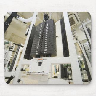 体育館のエクササイズ機械の重量、低い角度 マウスパッド