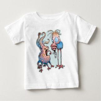 何ですか。 ベビーTシャツ