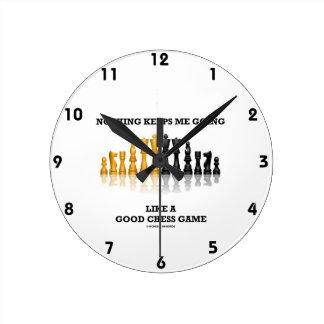 何も私をよいチェスの試合のように行かせ続けません ラウンド壁時計