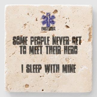 何人かの人々決して私の物の英雄私の睡眠に会いません ストーンコースター