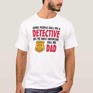 何人かの人々私を探偵と電話します Tシャツ