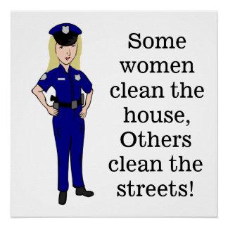何人かの女性は警官のユーモアをきれいにします ポスター