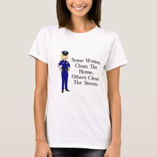 何人かの女性は警官のユーモアをきれいにします Tシャツ