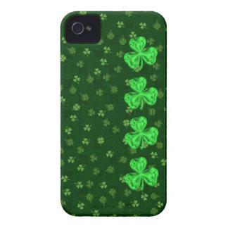 余りに聖者の水田のシャムロックのiPhone 4/4sの場合 Case-Mate iPhone 4 ケース