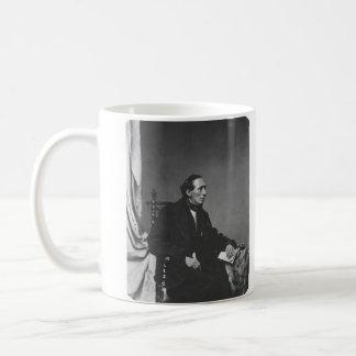作家のハンス・クリスチャン・アンデルセンポートレート コーヒーマグカップ