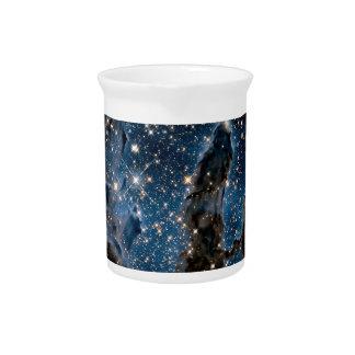 作成の赤外線ワシの星雲の柱 ピッチャー