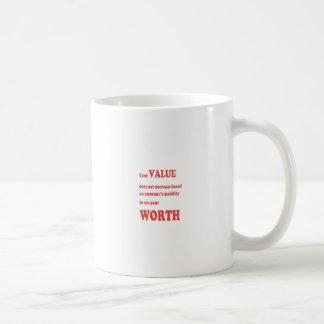 価値の価値を持つ: 知恵は刺激の確実を言い表わします コーヒーマグカップ