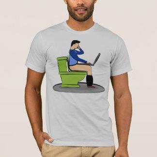 便器の多重タスク処理 Tシャツ