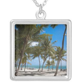 係留リゾート、マラソン、Key West、2 シルバープレートネックレス