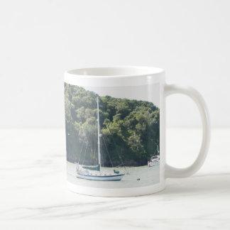 係留、天使の島、サンフランシスコのMoira コーヒーマグカップ