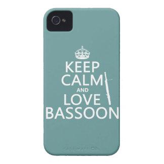 保って下さい平静および愛バスーン(どの背景色でも)を Case-Mate iPhone 4 ケース