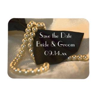 保存を結婚する黒いちょうネクタイの白い真珠日付 マグネット