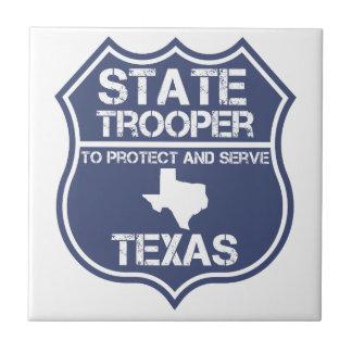 保護し、役立つテキサス州の州警察官 タイル