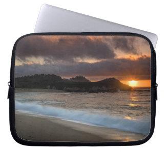 修道院のビーチ、Carmel、カリフォルニアの日没、 ラップトップスリーブ