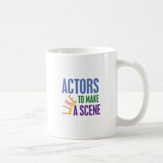 俳優は場面を作るのを好みます コーヒーマグカップ