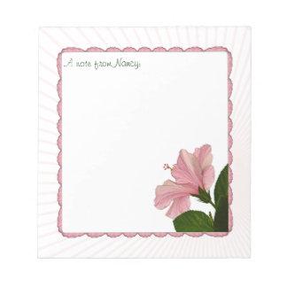個人化して下さい:  ガーリーなピンクのハイビスカスの花柄の写真 ノートパッド