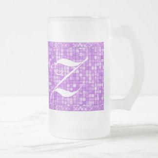 個人化して下さい: ガーリーな紫色の幾何学的なタイルパターン フロストグラスビールジョッキ