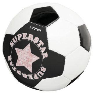 """個人化して下さい:  """"スーパースター""""のピンクのタイポグラフィ サッカーボール"""