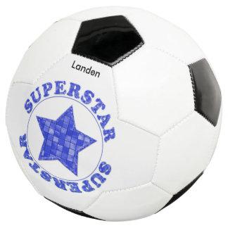 """個人化して下さい:  """"スーパースター""""の青いタイルのタイポグラフィ サッカーボール"""